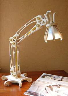 Articulating adjustable table lamp made from Baltic birch plywood #decor #office
