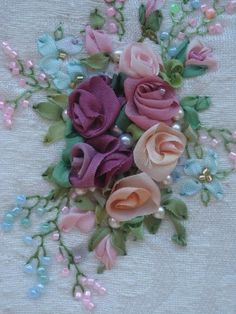 silk ribbon embroidery #silkribbonembroidery