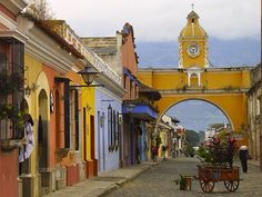 Immerse yourself in the beauty of Antigua, Guatemala