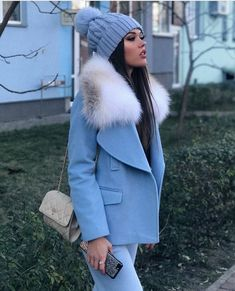 Discover stylish and comfortable women's coats, jackets, denim jackets, and more at SHEIN. Stylish Winter Outfits, Winter Fashion Outfits, Classy Outfits, Chic Outfits, Autumn Winter Fashion, Fall Outfits, Fashion Mode, Fur Fashion, Style Fashion