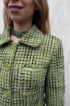 Zielony Żakiet #zielonyzakiet #coat #jacket #green Chanel, Turtle Neck, Coat, Sweaters, Jackets, Fashion, Down Jackets, Moda, Sewing Coat