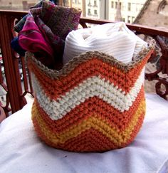 Instant Download Crochet Basket Pattern-Crochet Storage Basket with zigzag pattern-Chevron Crochet Pattern-Home Decor-Storage Bin