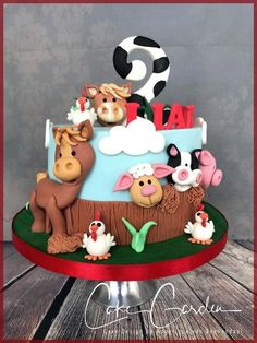 Farm cake by Cake Garden Houten Farm cake by Cake Garden Wooden Farm Birthday Cakes, Toddler Birthday Cakes, Animal Birthday Cakes, Farm Animal Birthday, Animal Cakes, Birthday Boys, Farm Animal Cupcakes, Farm Cake, Horse Cake