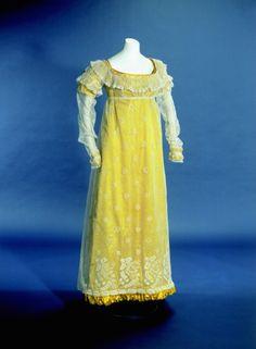 Dress ca. 1822 From the Kunstgewerbemuseum, Staatliche Museen zu Berlin via Europeana Fashion