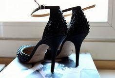 Tacones-Plataformas Negras   Zara , Primavera-Veranoo 2013. En el armario de sojuls desde el 17-7-2013
