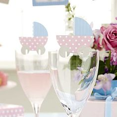 Kjempesøte bordkort barnevognrosa/lyseblå. Kan brukes til både jente og gutt.