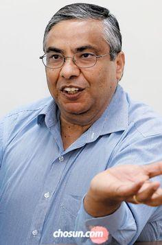 """라케시 아그라왈 박사는 """"교육·의료·스마트시티가 앞으로 빅데이터의 주요 활용 분야가 될 것""""이라고 했다. / 이진한 기자"""