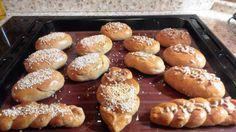 Domácí celozrnné bulky / home-made whole grain breads - http://www.mytaste.cz/r/dom%C3%A1c%C3%AD-celozrnn%C3%A9-bulky-home-made-whole-grain-breads-16045970.html