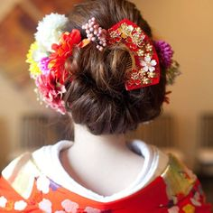 和のアクセサリー*【かんざし】が可愛い和装ヘアアレンジ | marry[マリー] Kimono Japan, Japanese Wedding, Hair Arrange, Yukata, Hanfu, Asian Fashion, Wedding Hairstyles, Hair Beauty, Hair Styles