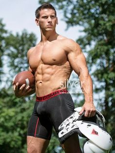 1000+ images about Sport on Pinterest | Wrestling, Sports and Spandex: https://www.pinterest.com/tylindenwood/sport