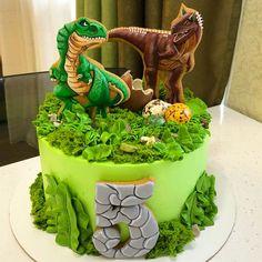 ideas for birthday cake boys dinosaur kids Dinasour Birthday Cake, Dinasour Cake, Dinosaur Birthday Party, Cake Birthday, 5th Birthday, Dinosaur Cakes For Boys, Jurassic World Cake, Dino Cake, Dinosaur Cupcake Cake