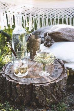 A Midsummer Cocktail with Aquavit, Sherry, and Elderflower Liqueur | honestlyyum.com @honestlyyum