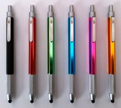 The HAND Stylus is my newest stylus. I think I like it better than my previous favorite, Jot by Adonit.