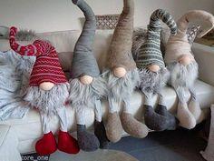 Gnome children, felt and sheep wool Christmas Sewing, Christmas Gnome, Christmas Projects, Winter Christmas, Felt Crafts, Holiday Crafts, Crochet Crafts, Navidad Diy, Theme Noel