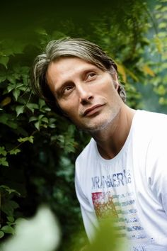 Mads Mikkelsen....look at this beautiful man