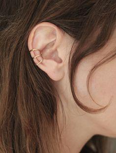 THREE RING EAR CUFF