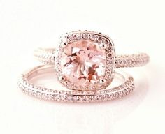 rose gold engagement ring @ wish-upon-a-weddingwish-upon-a-wedding