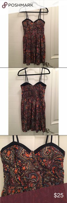 American Rag Paisley Dress Paisley patterned dress by American Rag with sweetheart neckline. Built in padding, so you don't have to wear a bra! Never worn, has sat in my closet for two years. American Rag Dresses Midi