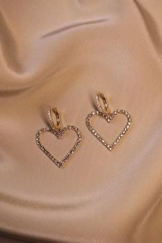 Heart Of Diamonds Earrings - - Accesories - Accesories jewelry - Accesori Rose Gold Jewelry, Dainty Jewelry, Cute Jewelry, Jewelry Accessories, Fashion Accessories, Women Jewelry, Fashion Jewelry, Jewlery, Jewelry Armoire