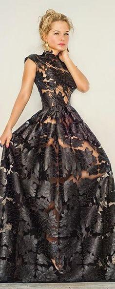 Cualquier vestido de noche puede ser tu vestido de novia ¡Y serás única!