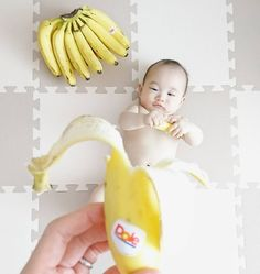 いいね!73件、コメント11件 ― 男の子ママさん(@kaori_haruyuto)のInstagramアカウント: 「* * こんにちは 美味しいバナナはいかがですかー? * * 一度試してみたかったシリーズのひとつ 寝返りしたら、なかなかとれないから今のうちに… * * 早く右頬のよだれかぶれ治らないかなー…」