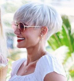 Madeleine Schön Short Hairstyles – 4 http://haircut.haydai.com #Hairstyles, #Madeleine, #Schön, #Short http://haircut.haydai.com/madeleine-schon-short-hairstyles-4/