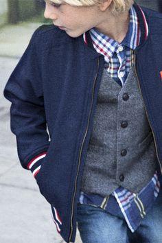 varsity jacket, would look good with a little one's kindergarten uniform Little Boy Outfits, Little Boy Fashion, Kids Fashion Boy, Toddler School Uniforms, School Boy, Little Man Style, Boys Style, Men's Style, Stylish Boys
