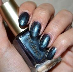L'Oreal nail color Vip Status
