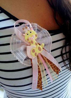 BABY SHOWER PINS. Giraffe baby shower favor. by ForeverSweetfavors