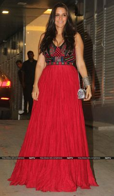 Actress Neha Dhupia scored a perfect 10 in Anita Dongre couture.
