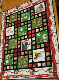 Grinch Christmas Throw Quilt by ParkBenchQuiltShop on Etsy Christmas Sewing, Christmas Crafts, Christmas Items, Fabric Panel Quilts, Quilting Fabric, Big Block Quilts, Quilt Blocks, Asian Quilts, Quilting Quotes
