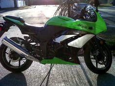 My Kawasaki Ninja 250r.