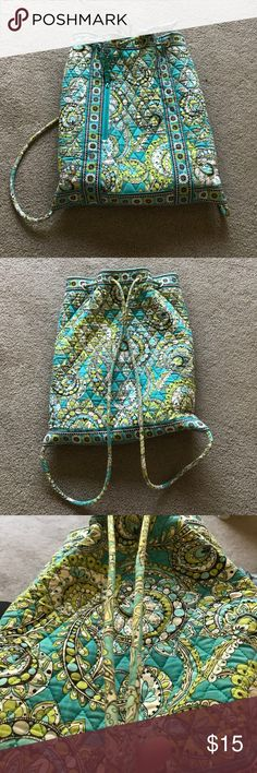Peacock pattern drawstring Vera Bradley tote! Peacock pattern, small zip pocket in front, pockets inside, a little bit of wear along the straps but otherwise tons of life left! any questions please ask! Vera Bradley Bags Backpacks