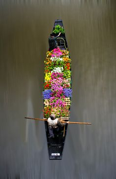Floating Flower Market-how cool!!!!