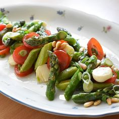 Healthy Cooking, Healthy Eating, Vegan Recipes, Cooking Recipes, Good Food, Yummy Food, Fresh Asparagus, Eat Smart, Soup And Salad
