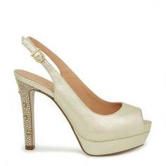 Peeptoe Pedro Miralles en piel color platino con tacón embellecido #shoes #shoeporn #trends #ss16 #shoes #pedromiralles #shoeaddict #madeinspain #metal #platino