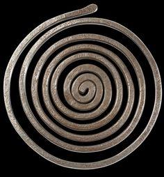 Belt Buckle    Alexander Calder.  Brass wire.  1945.