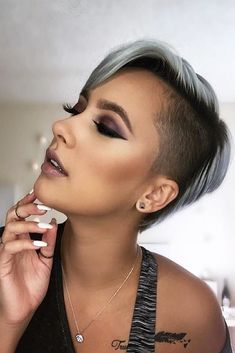 18 Awesome Ideas with an Undercut for Daring Women ★ Undercut Hairstyles for All Hair Length Picture 2 ★ See more: http://glaminati.com/undercut-hairstyle-women/ #undercut #undercuthairstyle
