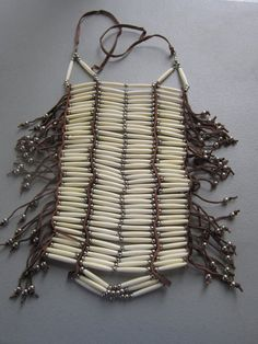 Check out our bone necklace native american selection for the very best in unique or custom, handmade pieces from our shops. American Indian Quotes, Native American Images, Native American Crafts, Native American Artifacts, Native American Indians, Diy Bracelets Patterns, Bead Loom Bracelets, White Choker, Bone Jewelry