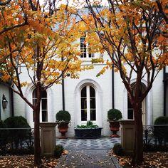 Renovation by Bill Ingram Architect in Mountainbrook , Alabama. www.billingramarchitect.com