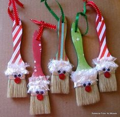 Party At The Pole Paintbrush Santas by Rebecca Price using paint brushes Santa Crafts, Christmas Crafts For Kids, Homemade Christmas, Christmas Projects, Holiday Crafts, Christmas Holidays, Christmas Ideas, Diy Christmas Ornaments, Diy Christmas Gifts