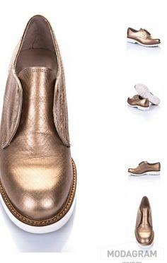 Hotic' le golden şıklığı #gold #moda #style #shoes