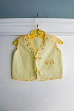 0-3 months: Vintage Baby Diaper Shirt, Yellow cotton with Embroidery and Lace Trim, Front Ribbon Closure www.etsy.com/shop/petitpoesy