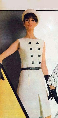 60s Fashion Trends, Sixties Fashion, 60 Fashion, Retro Fashion, Classic Fashion, Vintage Gowns, Mode Vintage, Retro Outfits, Vintage Outfits