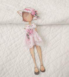 http://www.ebay.de/itm/Premade-Scrapbook-Prima-Julie-Nutting-Paper-Doll-Paper-Piecing-by-Becky-/321781280328?pt=LH_DefaultDomain_0