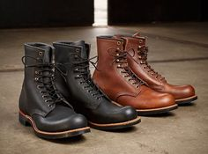 The model we will be highlighting this week is the Red Wing Shoes Harvester boot. The Red Wing Harvester in Amber Harness and the Red Wing Harvester in Black Harness are available in our online store. Red Wing Boots, Casual Boots, Casual Sneakers, Adventure Boots, Mens Boots Fashion, Men's Fashion, Style Retro, Designer Boots, Shoe Boots