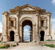 Arc d'HadrienGérasa (Jordanie)