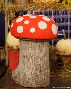 Toadstool  These adorable woodland toadstools are a comfortable and unique form of seating.  How to Make the Toadstool