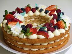 Bolo Neked Cake, Cake Recipes, Dessert Recipes, Number Cakes, Cake & Co, Summer Desserts, Pavlova, Cupcake Cakes, Nutella