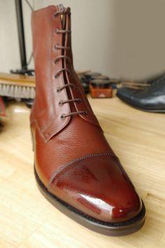 Water and shoe polish mixture